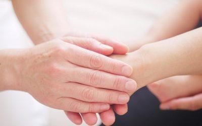 Hur viktigt är det att man följer handpositionerna i Reiki?